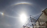 Hiện tượng 'ông mặt trời' khác thường trên bầu trời phố núi