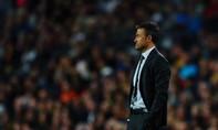 Luis Enrique rời ghế huấn luyện Barcelona vào cuối mùa