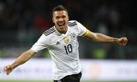 Podolski ghi bàn ngày giã từ tuyển quốc gia