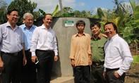 Bể chứa nước nghĩa tình cho người nghèo Bến Tre