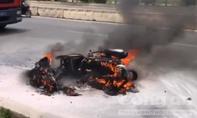 Chiếc Attila cháy dữ dội sau tai nạn
