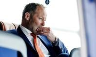 Hà Lan sa thải HLV trưởng