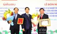 TP.HCM đón nhận Huân chương cao quý của Nhà nước CHDCND Lào