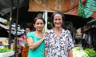 Nghị lực của hai chị em câm điếc bán rau hơn 2 thập kỷ