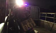 Tông vào ô tô tải, một thanh niên tử vong