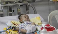 Bé gái 2 tháng tuổi mắc bệnh hiếm, cả thế giới chỉ ghi nhận 4 trường hợp
