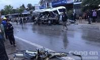 Ra xem tai nạn 3 người chết, 3 chú cháu bị xe đầu kéo tông tử vong