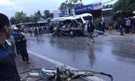 Tai nạn xe khách kinh hoàng khiến nhiều người thương vong