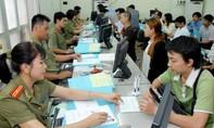 Thực hiện việc tiếp nhận tờ khai điện tử đề nghị cấp hộ chiếu phổ thông