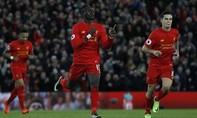Liverpool hạ gục Arsenal; Leicester tìm lại niềm vui