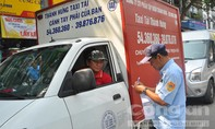 TP.HCM: Nhiều chủ xe biến chỗ đỗ tạm thời thành nơi gửi xe
