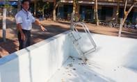 Hàng loạt hồ bơi xây xong ở An Giang không đủ kinh phí mua nước để vận hành