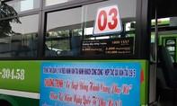 Miễn phí vé xe buýt, tặng hoa nhân Ngày Quốc tế Phụ nữ 8-3
