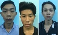 """TP.HCM: Ba tên cướp """"tuổi teen"""" uy hiếp cặp tình nhân tâm sự bên bờ kè"""