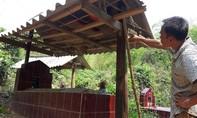 Kỳ công xây nhà cho 'ma' giữa đại ngàn