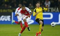 Đá lại sau sự cố nổ bom, Dortmund nhận thất bại