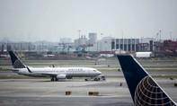 United Airlines tiếp tục đi xin lỗi vì gây rối với hành khách