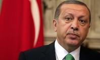 Trump ủng hộ Erdogan có thêm quyền lực