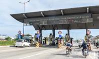 Phương tiện đi đường Nam Hòa né trạm thu phí Xa lộ Hà Nội