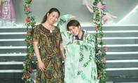 Nghệ sĩ cải lương Kim Phương hát 'Lạc trôi' của Sơn Tùng M-TP