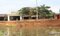 Sạt lở bờ sông Vàm Nao: Sau 3 ngày có 108 hộ di dời khẩn cấp