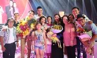 NSND Hồng Vân - Trê Phi đăng quang 'Hát cùng mẹ yêu'