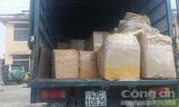 Bắt giữ xe tải chở hơn 2,4 tấn nội tạng không rõ nguồn gốc