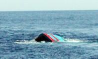 Tai nạn đường thủy khiến 4 ngư dân rơi xuống biển