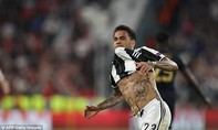 Juventus vào chung kết nhờ tuyệt phẩm của Dani Alves