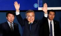Tân tổng thống Hàn Quốc Moon Jae-in nhậm chức trong bối cảnh đất nước chia rẽ