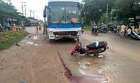 Lạc tay lái tông vào xe khách, người đàn ông tử vong