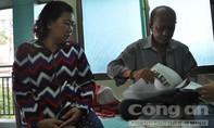 Bị ung thư, người đàn ông 60 tuổi vẫn chạy xe ôm để lấy tiền chữa bệnh