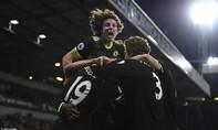 Thắng chật vật nhưng Chelsea vẫn vô địch Premier League