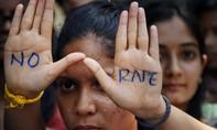 Tòa Ấn Độ cho bé gái 10 tuổi bị cưỡng hiếp được phá thai