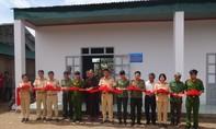 Xây tặng phòng học cho trẻ em nghèo ở xã Ea Đá, huyện Krông Năng