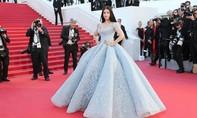 Chiêm ngưỡng bộ váy lộng lẫy của Hoa hậu đẹp nhất thế giới tại LHP Cannes