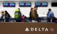Hãng hàng không lớn ở Mỹ phải xin lỗi vì đuổi khách khỏi máy bay