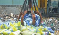 TP.HCM: Tiêu huỷ hơn 20 tấn phân bón giả