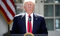 Tổng thống Trump bị kiện do nhận tiền từ nước ngoài