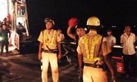 Hai cảnh sát bị người nước ngoài tấn công