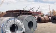Clip: Cận cảnh 6.000 tấn thép lậu bị bắt