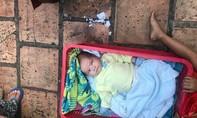 Người mẹ bỏ 2 con trước Làng Thiếu niên Thủ Đức đã đến nhận con