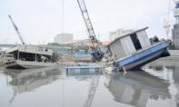 Sà lan thi công cống ngăn triều lật nghiêng trên kênh Tàu Hủ - Bến Nghé