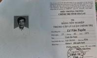 Phó bí thư xã xài bằng giả bị thu hồi bằng trung cấp chính trị