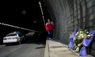 Tài xế xe buýt Trung Quốc đốt xe giết 11 trẻ nhỏ