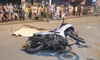 Tai nạn liên hoàn 4 xe máy trong đêm, 6 người thương vong