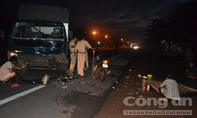 Xe tải mất lái tông chết người lúc rạng sáng