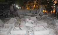TP.HCM: Nắp cống bê tông đè chết bé trai