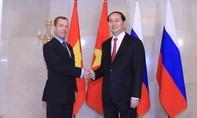 Chủ tịch nước Trần Đại Quang hội kiến Thủ tướng Nga D.Medvedev