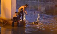 Người đàn ông nhảy xuống kênh Tàu Hủ tự tử